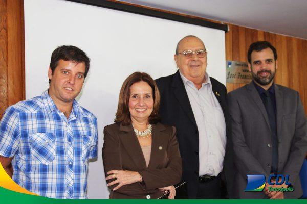 CDL recebe palestra da deputada e delegada Martha Rocha